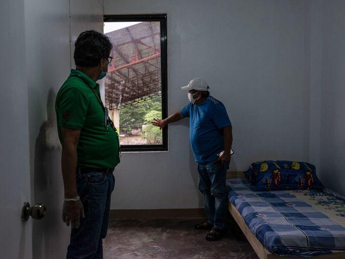 Fotografía de Cortez y Pepito Balgos