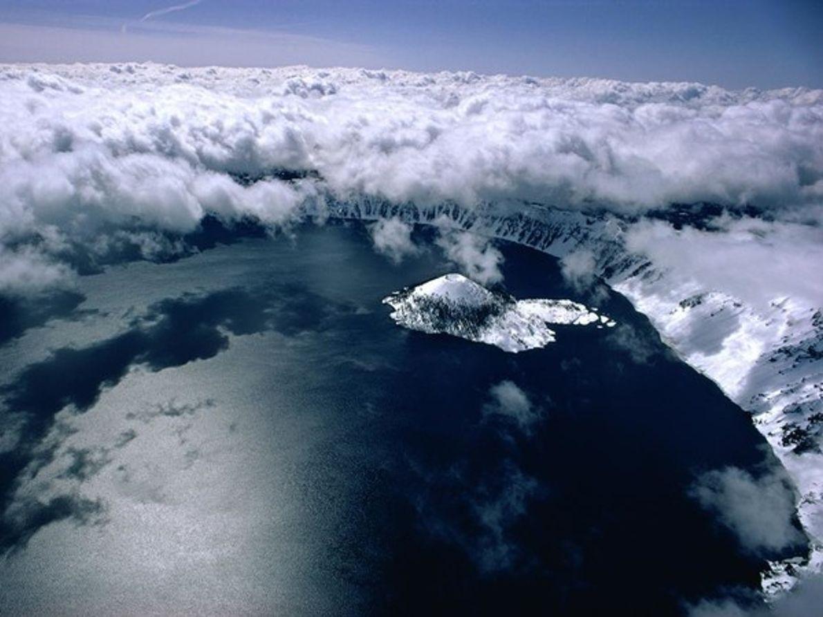 Nubes de Crater Lake