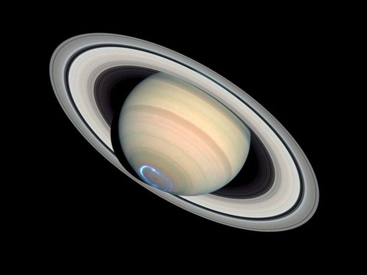 Aurora en Saturno