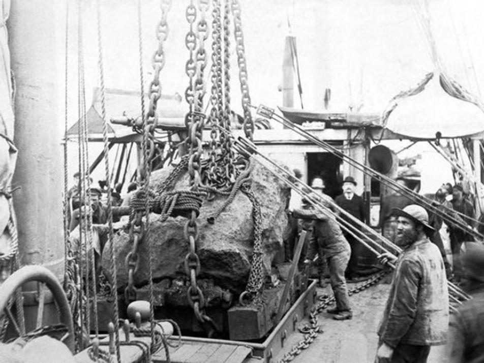 Desplazando el meteorito de 1897