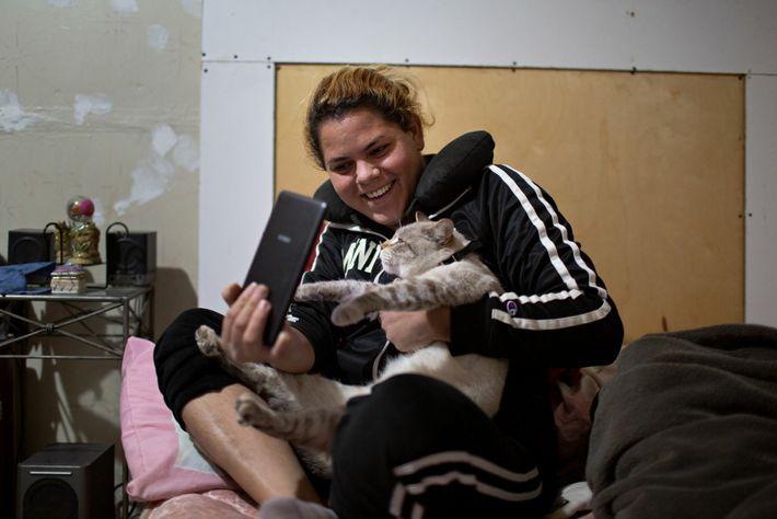 Micho, el gato, y Kataleya
