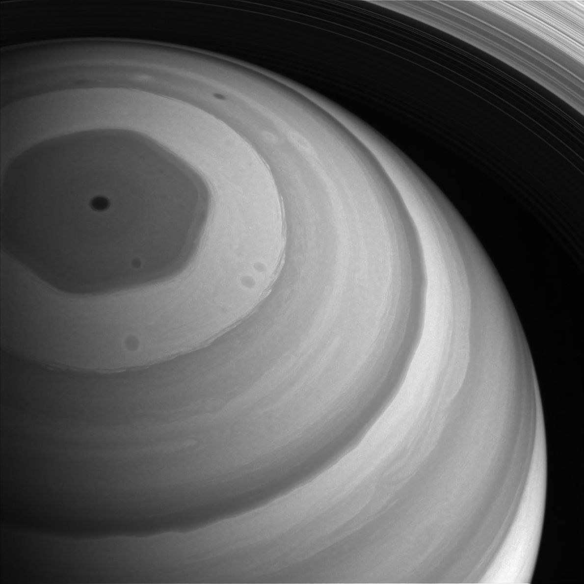 La región septentrional de Saturno