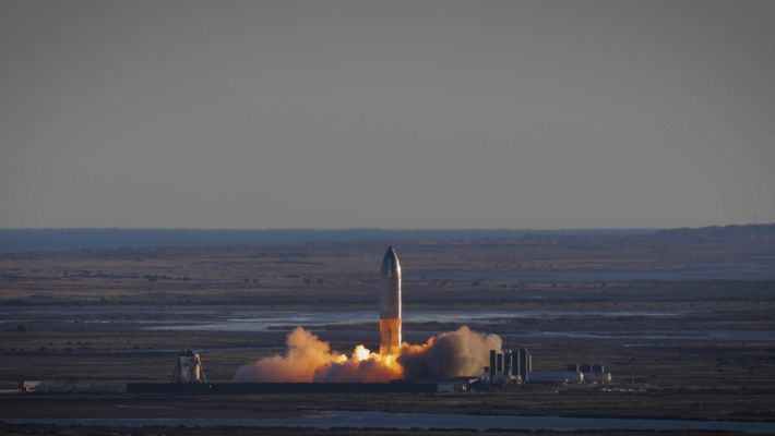 Así fue el primer vuelo de gran altitud de la Starship de SpaceX