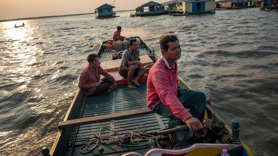 Fotografía de un pescador en el Tonlé Sap