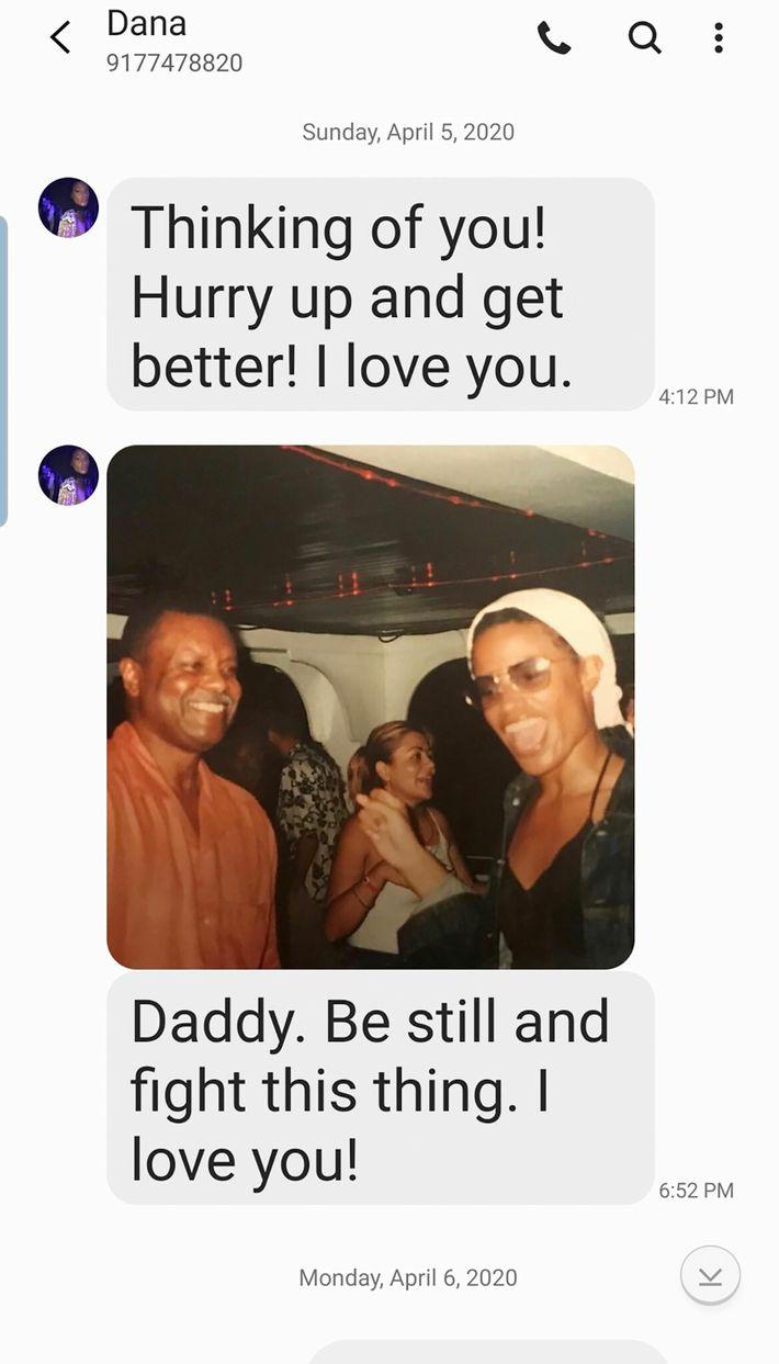 Mensajes entre Dana y Darcey y su padre