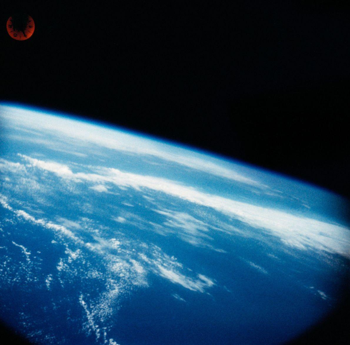 Foto de la Tierra sacada por Wally Schirra