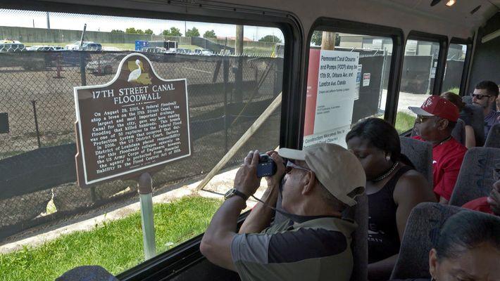 Superviviente al Katrina ofrece tours para visitar las zonas más afectadas
