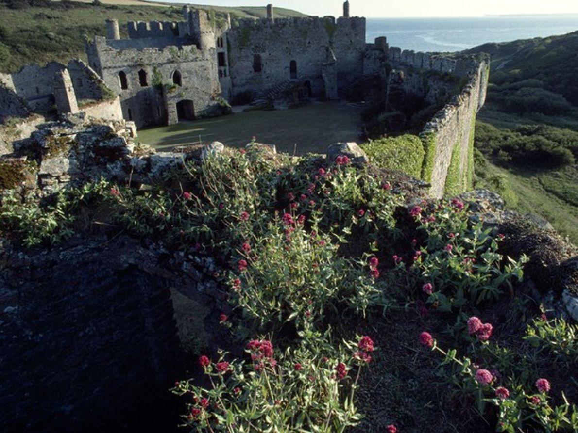 Manobier Castle, Gales
