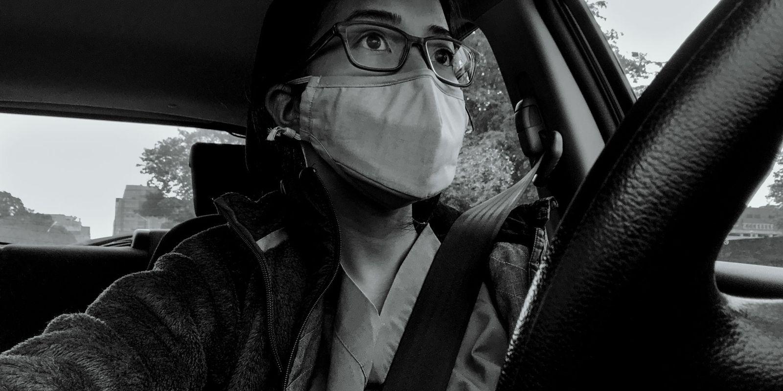 «Me siento derrotada»: Una enfermera relata la presión constante que supone trabajar en primera línea
