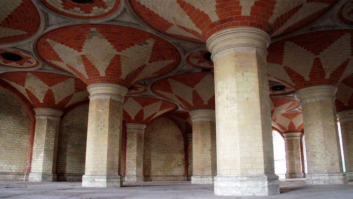 Nos adentramos en el pasadizo secreto del Lost Crystal Palace londinense