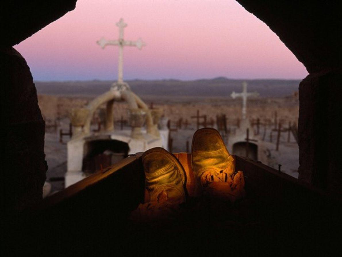 Cadáver con botas, Chile