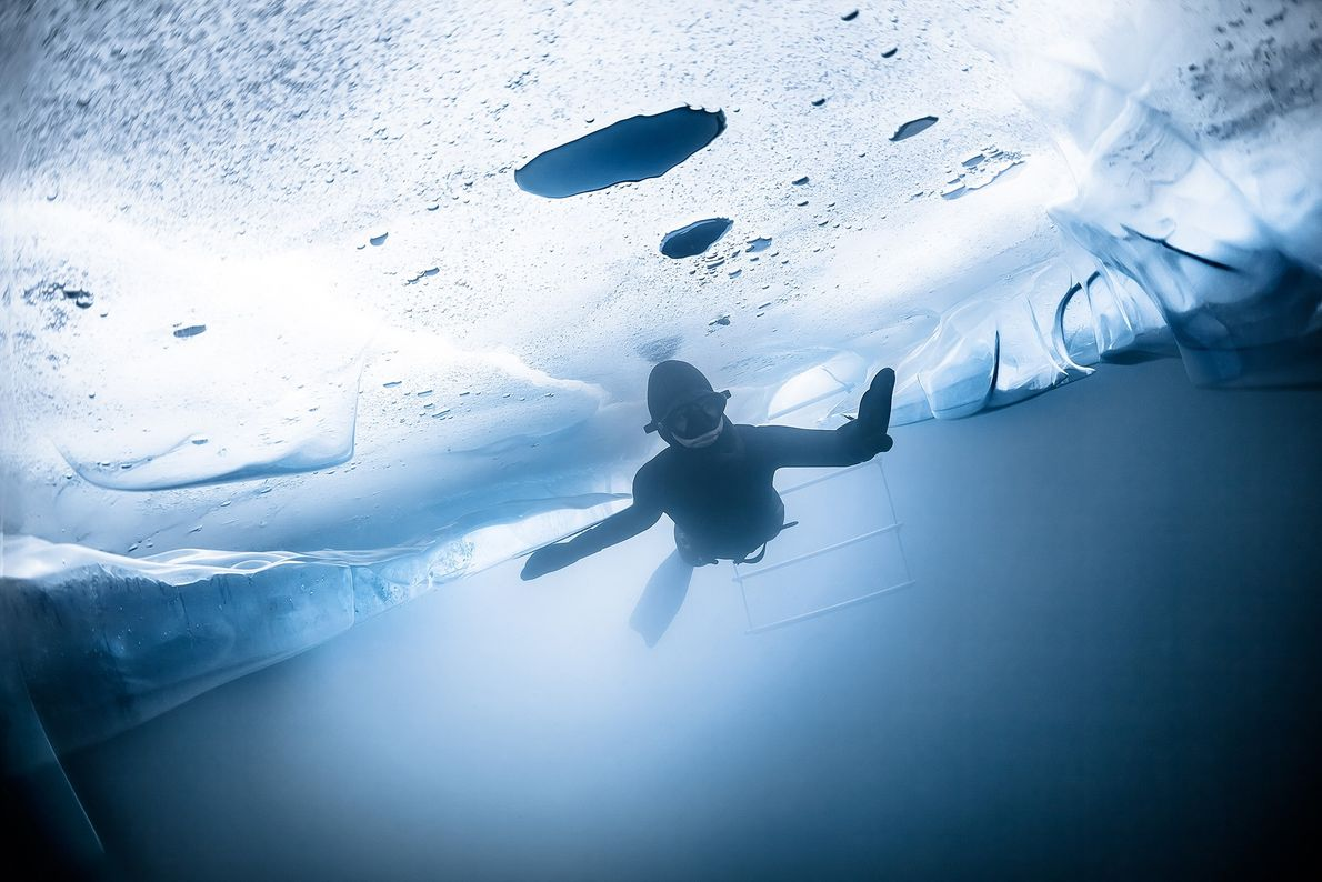Imagen de un freediver en Suiza