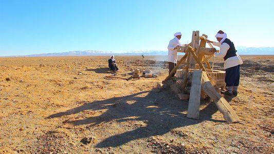 Te mostramos los antiguos túneles de agua bajo el desierto de Irán