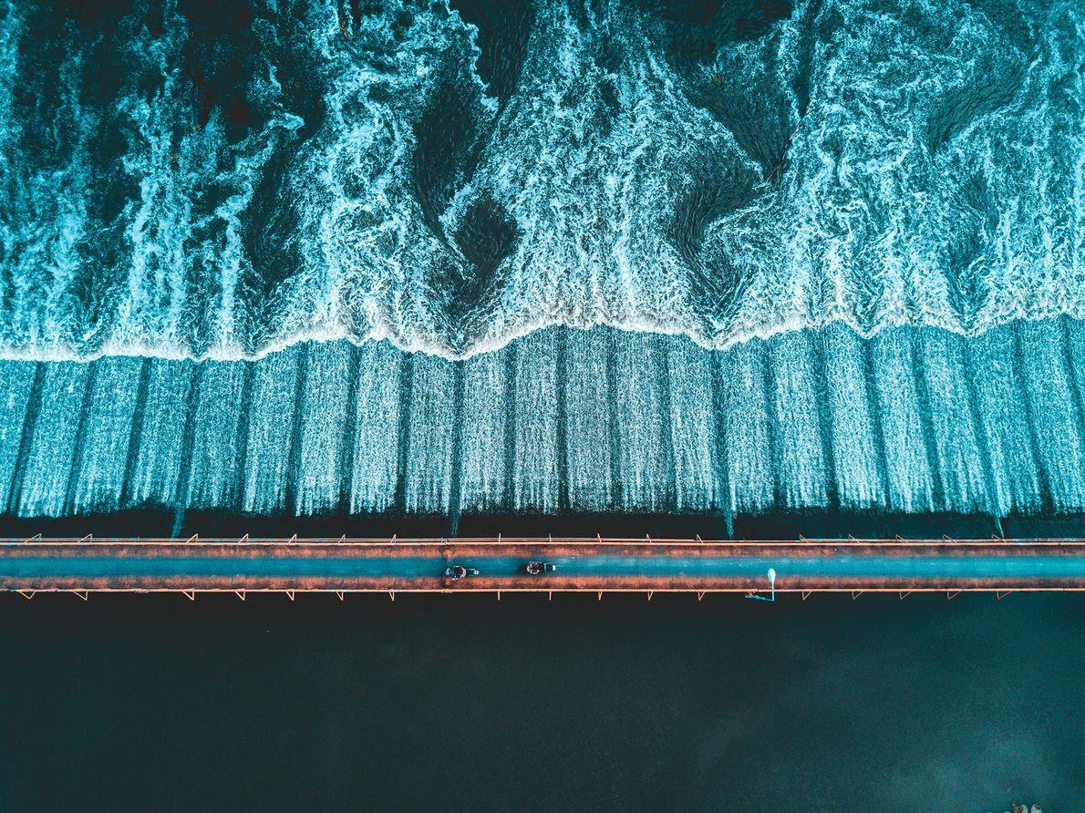 Imagen de un puente sobre el río Ping en Tailandia