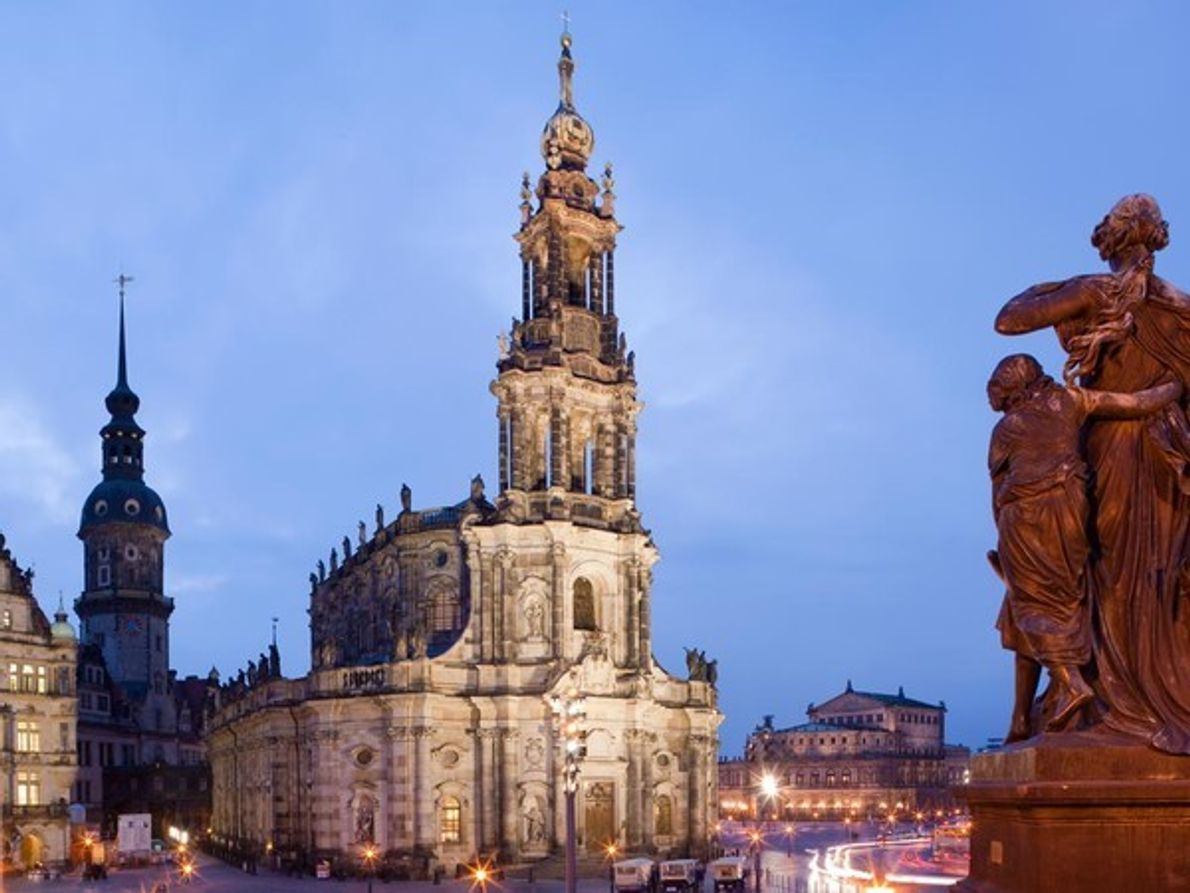Katholische Hofkirche, Dresde