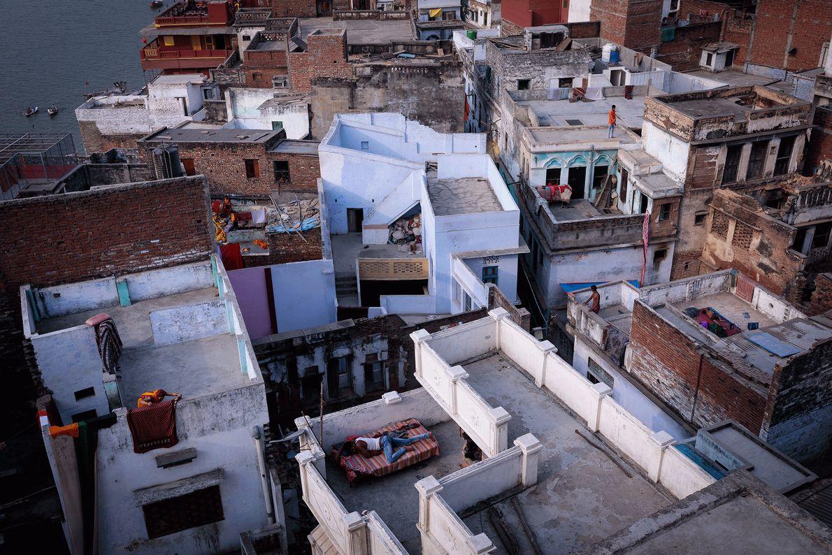 Foto de tejados en Varanasi, India