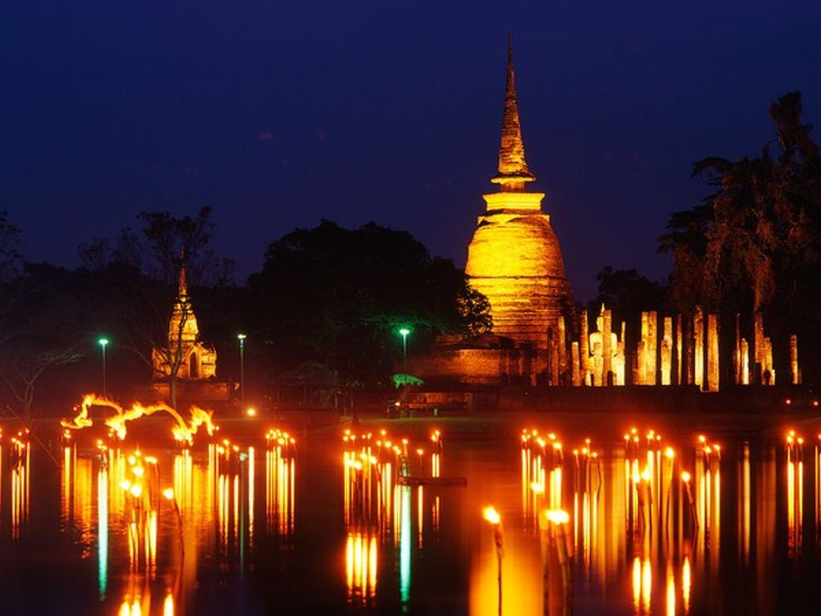 Loy Krathong, Tailandia