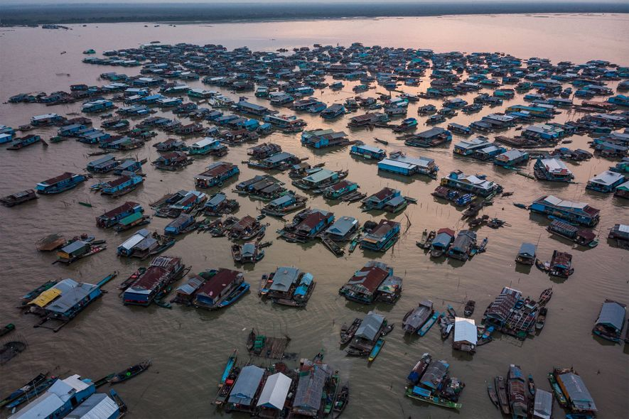 En el pasado, muchos pescadores de Kompong Luong atrapaban por accidente peces gigantes del Mekong. Hoy en día, apenas pueden hacerlo.