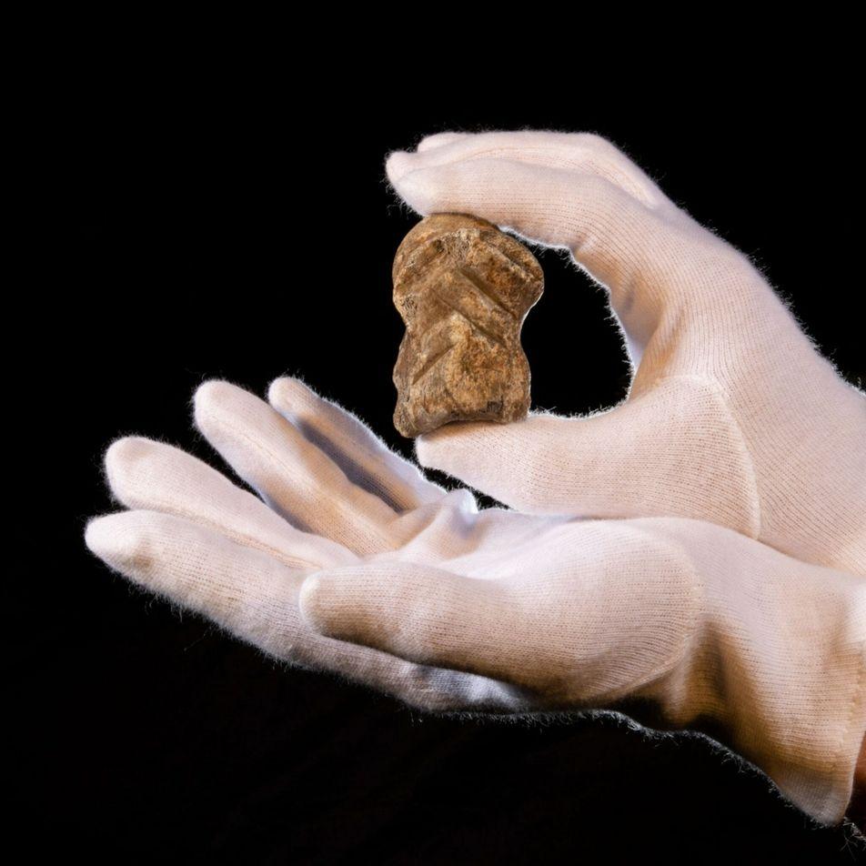 ¿Fueron los neandertales los autores del «arte» en la famosa cueva del Unicornio?