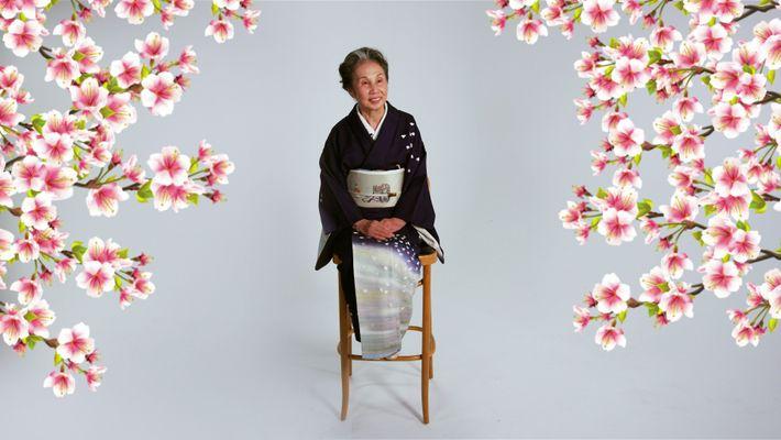 Esta maestra del té japonesa lleva décadas celebrando ceremonias