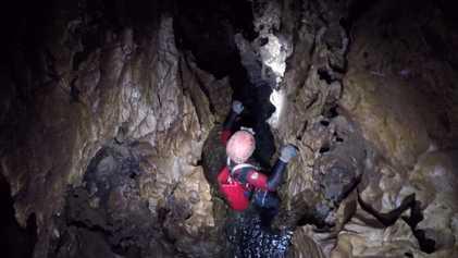 Un equipo de espeleólogos explora el gigantesco Sistema Huautla en México