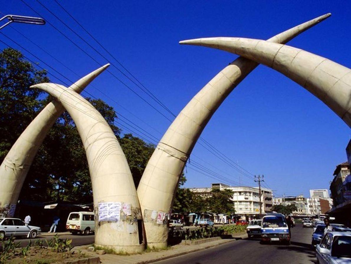 Arcos Tusk, Mombasa