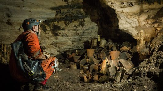 Explora la cueva del antiguo dios jaguar maya