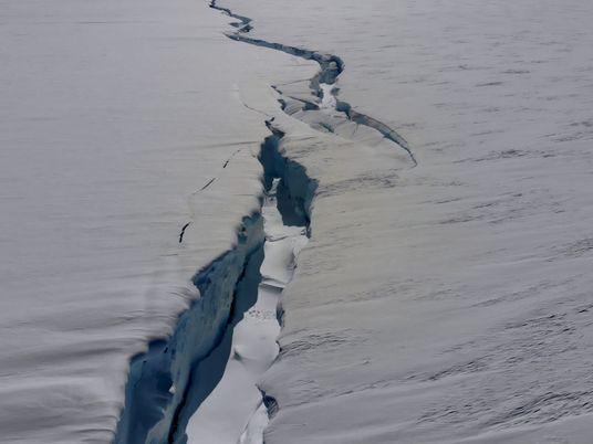 VÍDEO: Esta enorme grieta en la Antártida podría generar un iceberg de formando un iceberg del ...