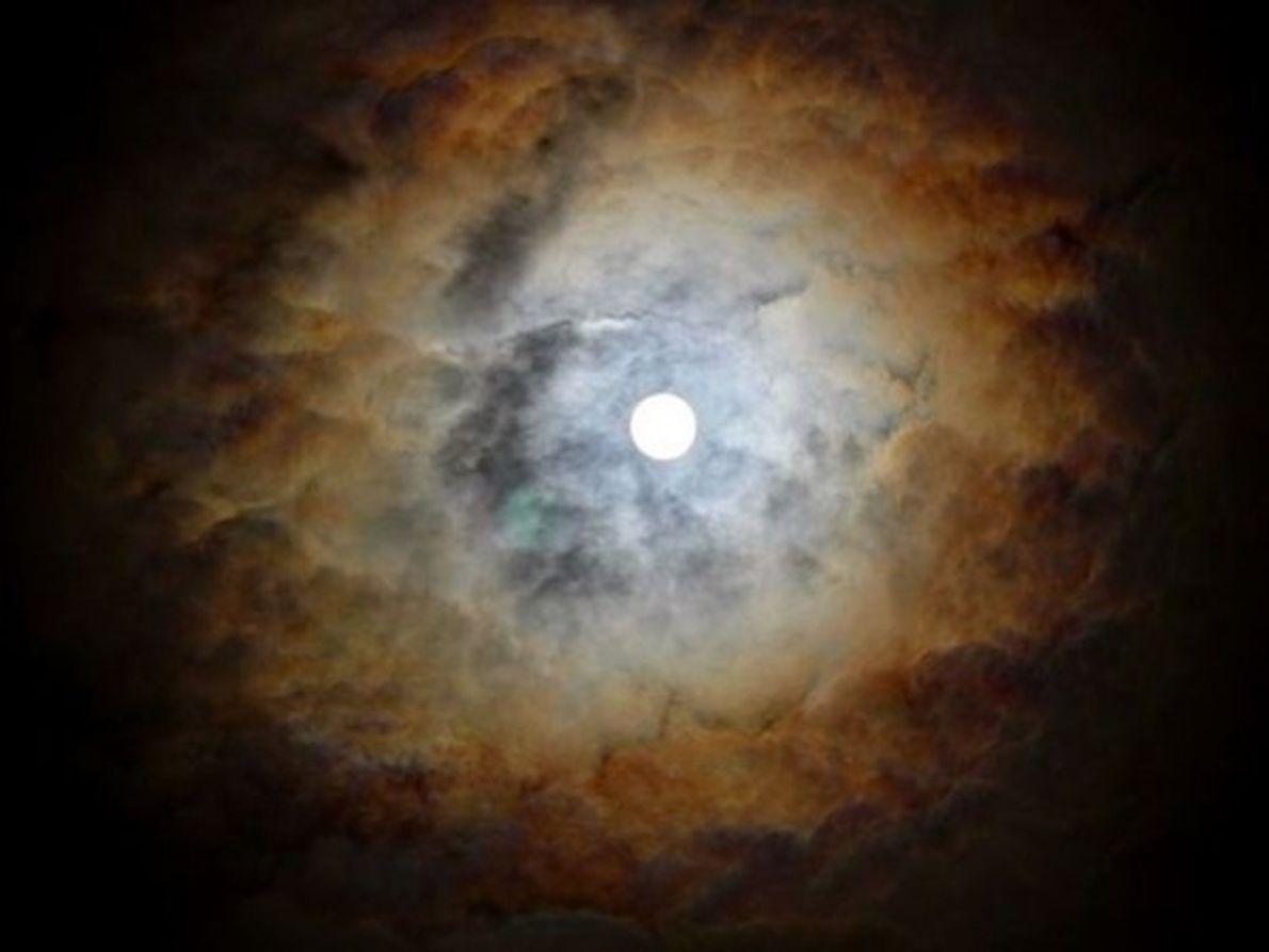 La luna en Pune