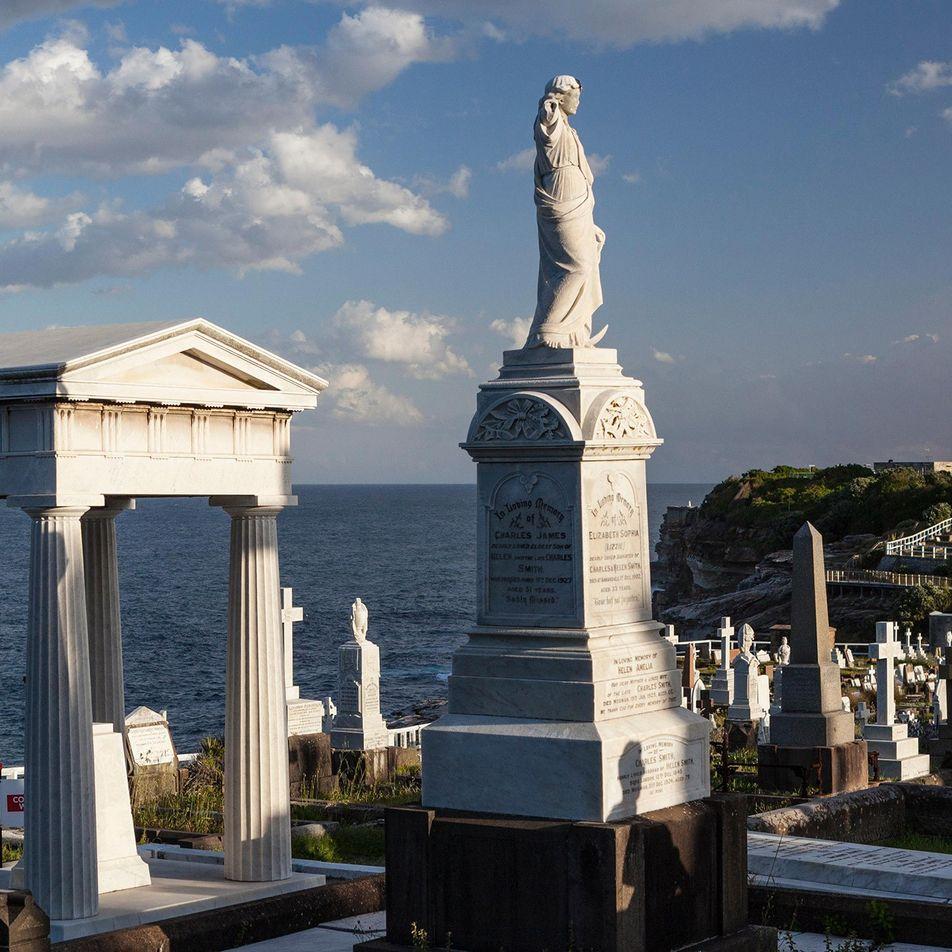 Siete cementerios con vistas asombrosas