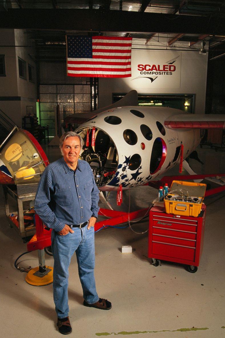 Burt Rutan con el SpaceShipOne