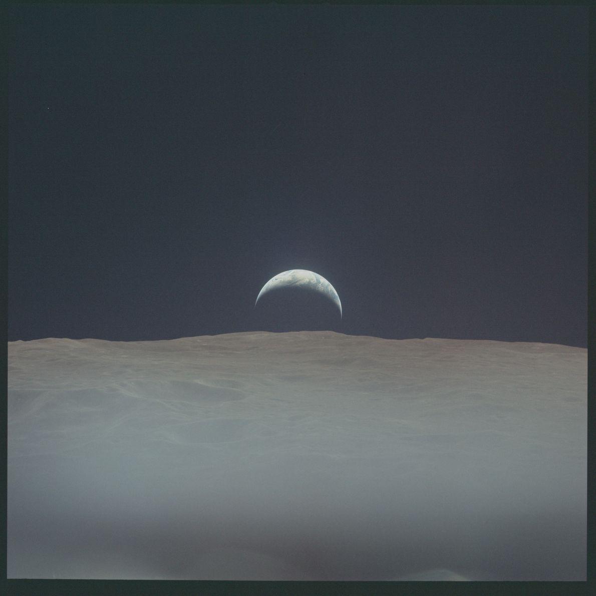 Imagen de la salida de la Tierra del Apolo 12