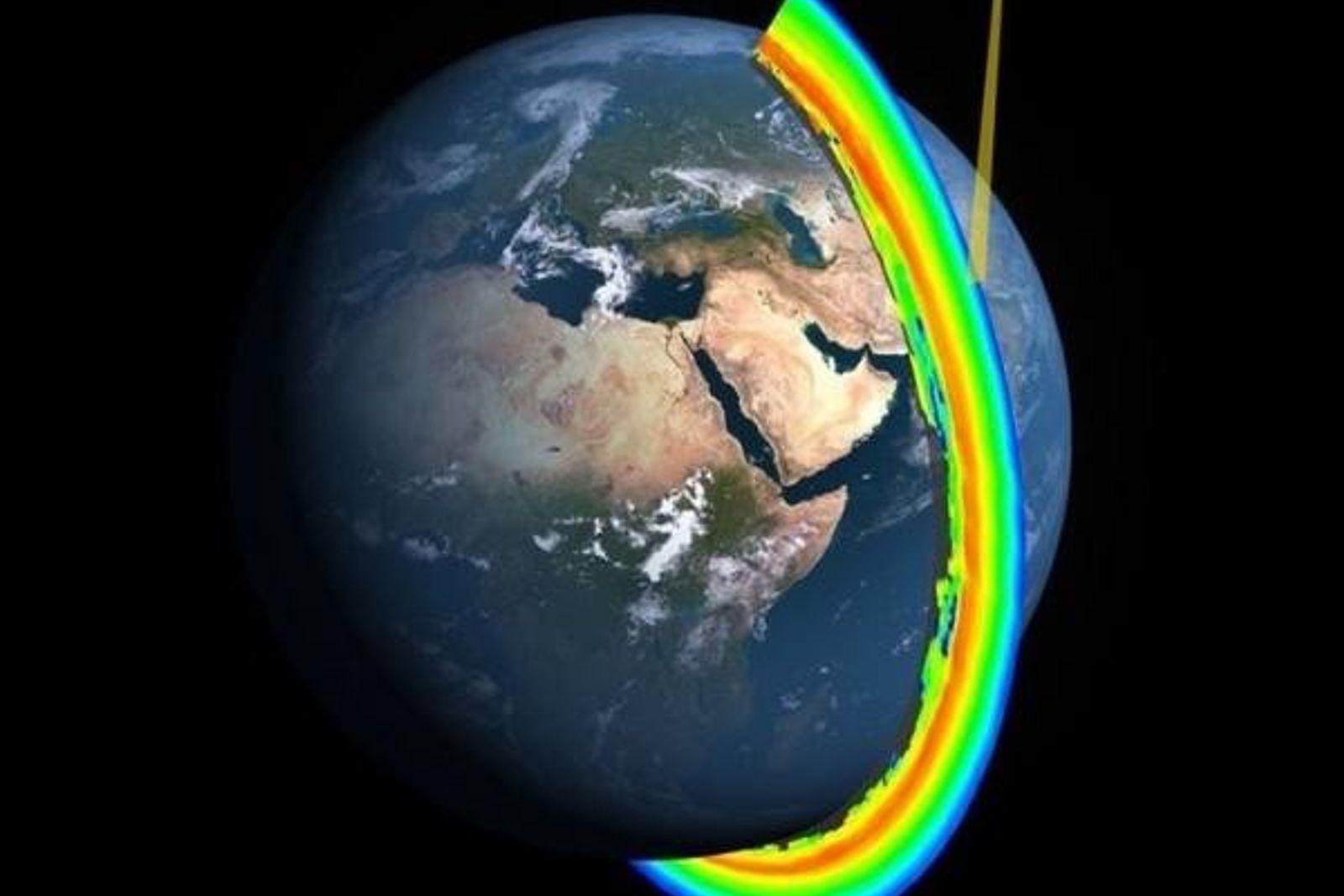 Sección transversal de la capa de ozono de la Tierra medida por el Ozone Mapper Profiler ...