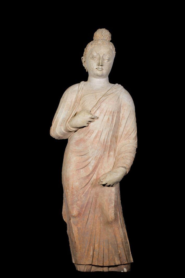 Un Buda esculpido en arcilla
