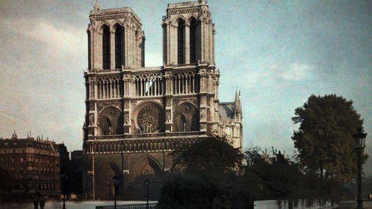 Admira Notre Dame con 16 fotos de nuestro archivo