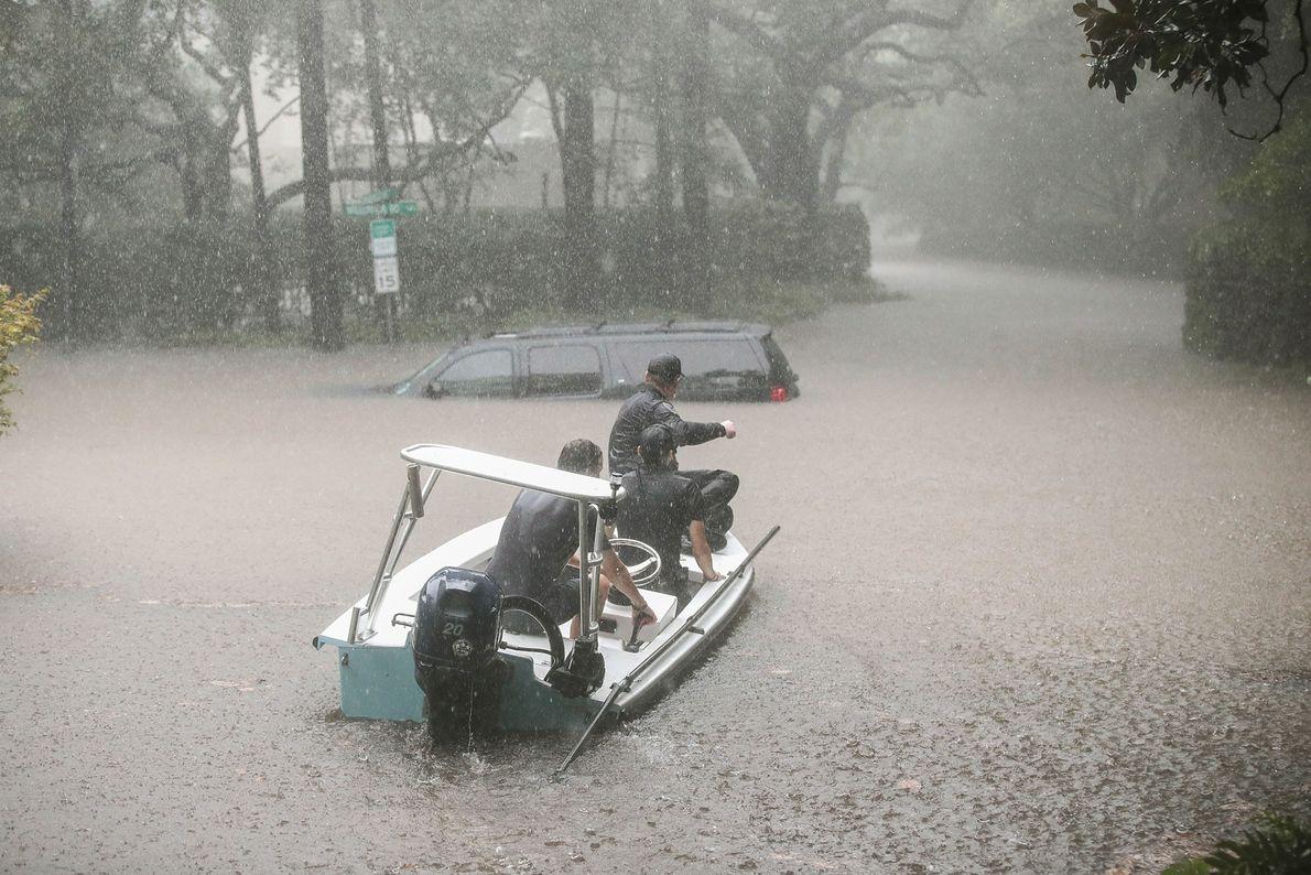 Rescate en River Oaks