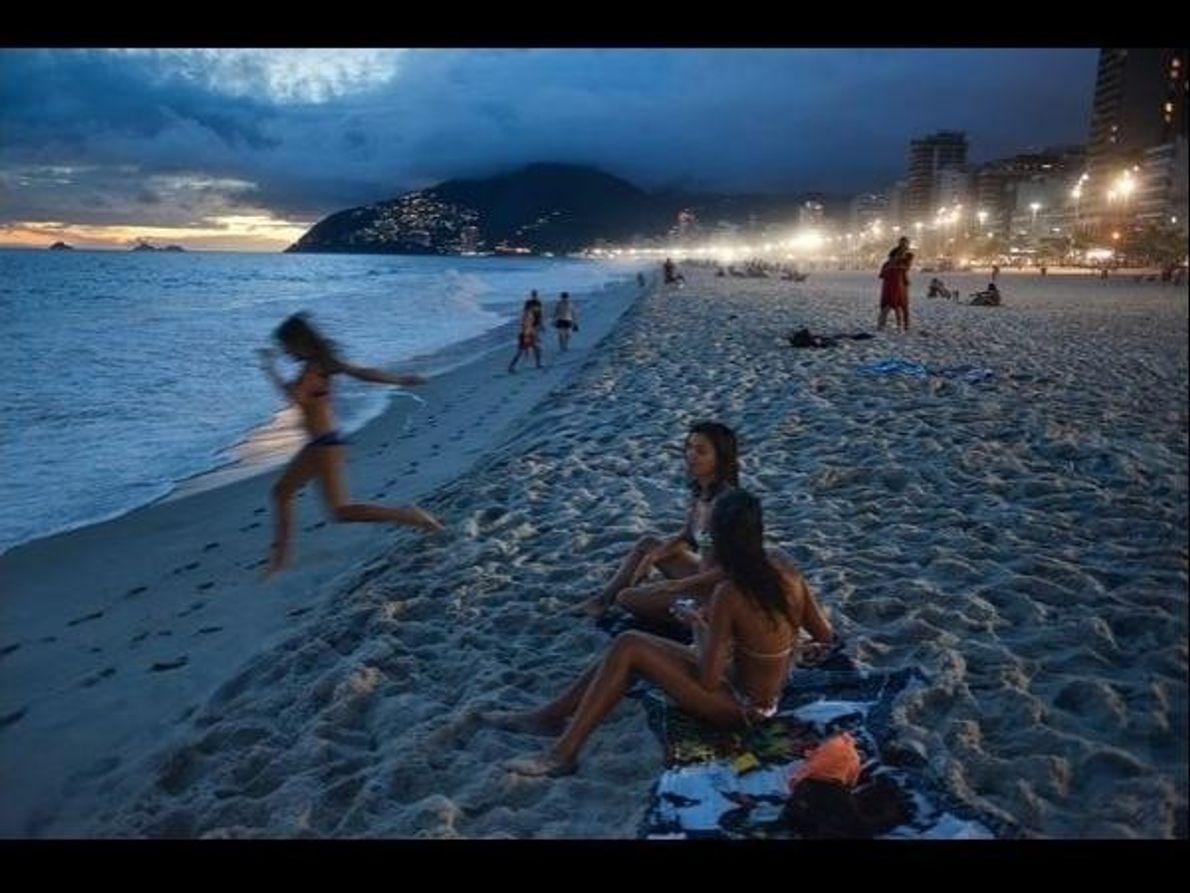 Poco importa la hora del día en las playas de Río de Janeiro: cualquier momento es bueno …