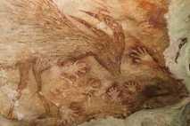 Las pinturas de la isla de Sulawesi fueron descubiertas hace más de 50 años pero hasta ...
