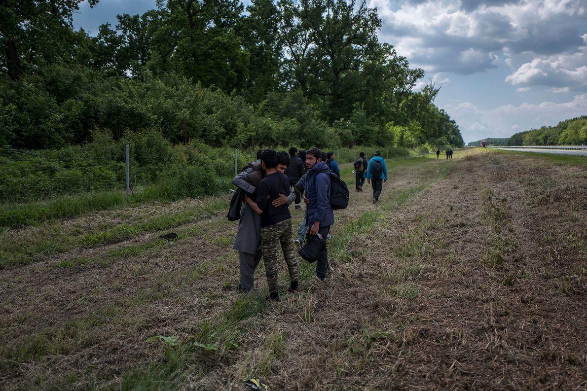 Un grupo de refugiados de Afganistán