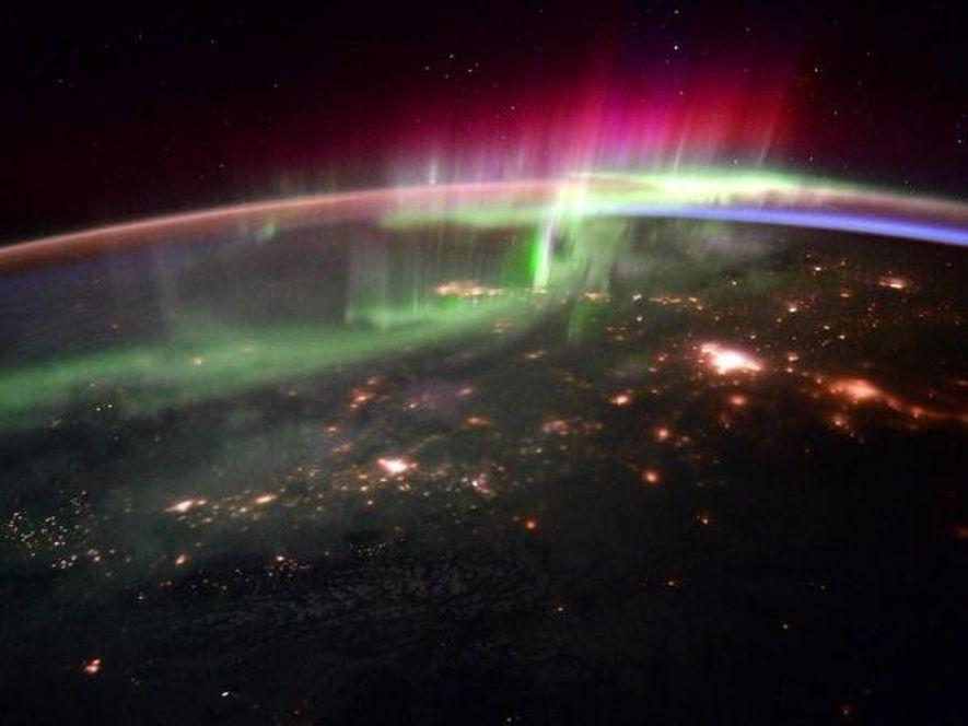 El 20 de enero de 2016, Scott Kelly y el astronauta de la ESA Tim Peake ...