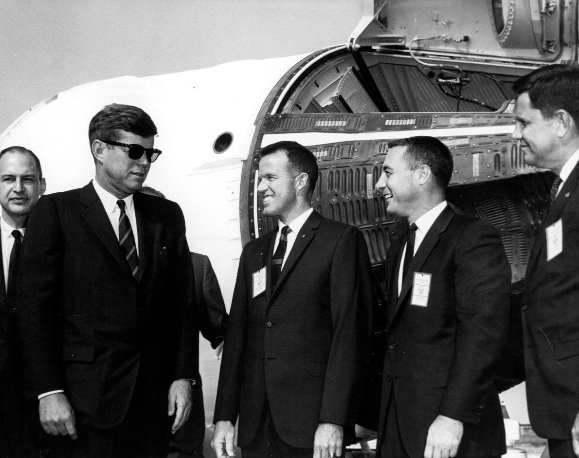 John F. Kennedy visita cabo Cañaveral
