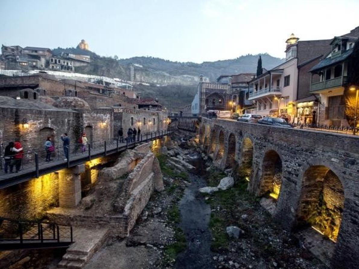 Distrito de Abanotubani en la antigua ciudad de Tiflis, Georgia