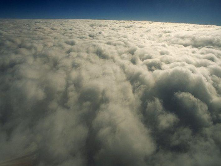 La disminución del ozono puede provocar también cáncer de piel en humanos y dañar a los ...
