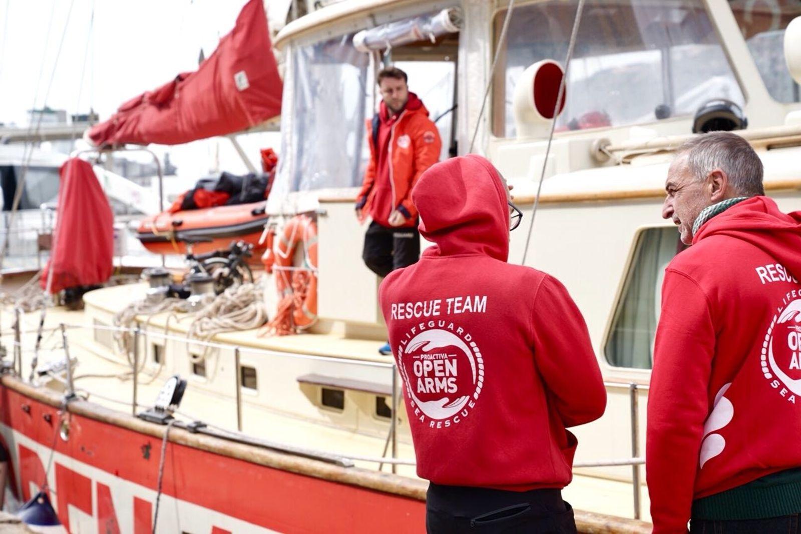 Barco ayuda humanitaria Open Arms