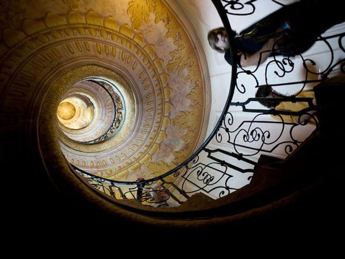 efectos de la relatividad en la escalera de la tierra