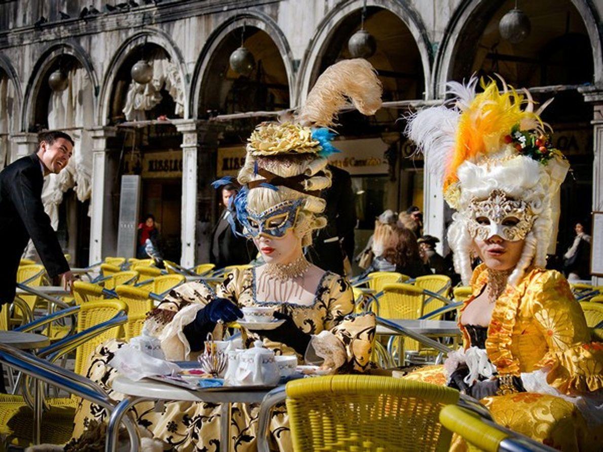 Café veneciano en carnavales