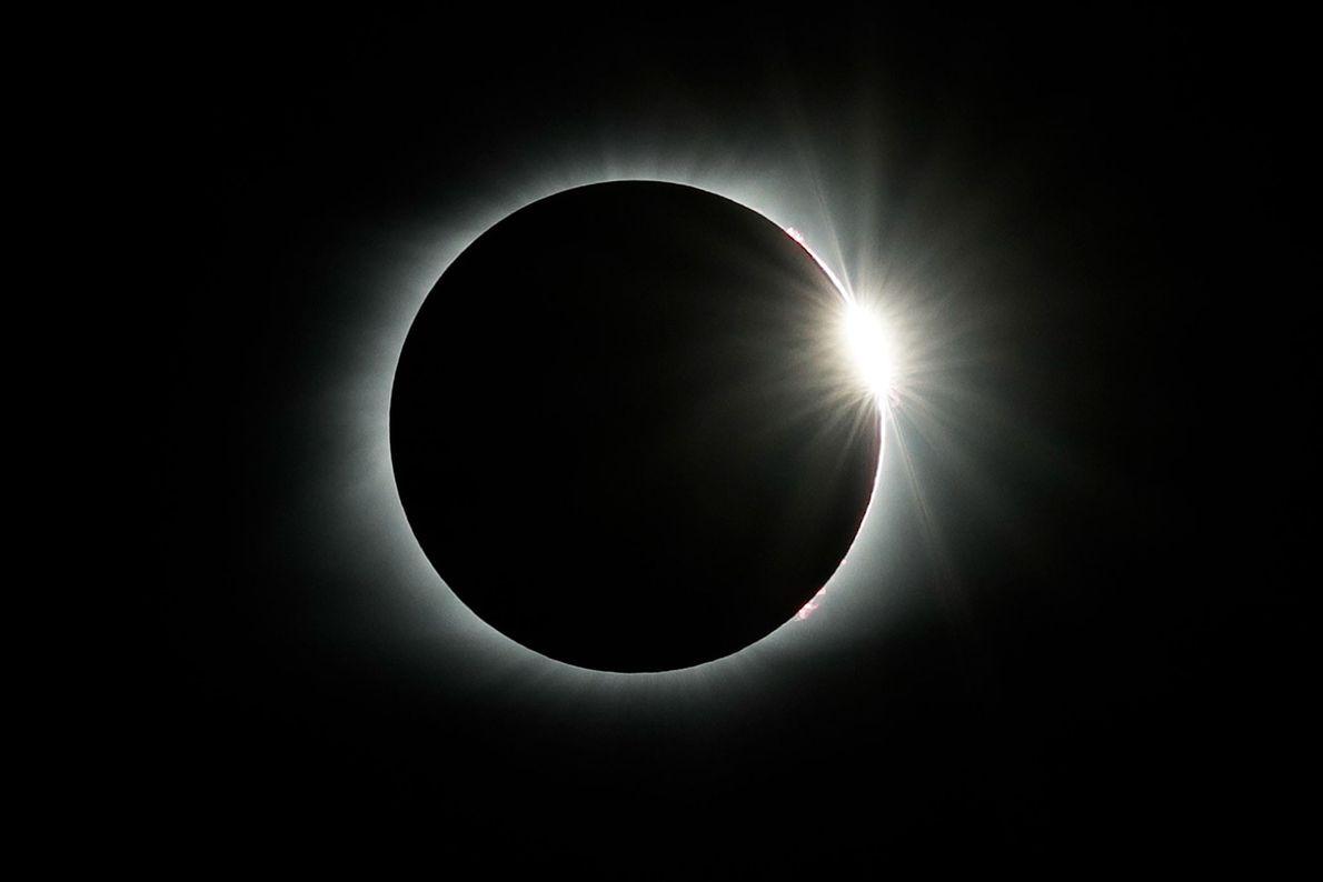 El efecto de anillo de diamante