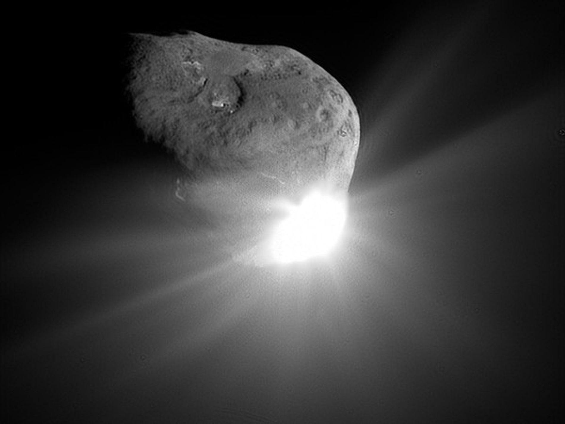 La sonda de la NASA tuvo una cita con un cometa el día de San Valentín