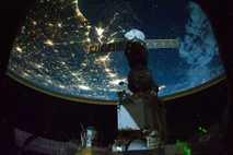 Luces en la noche en Estados Unidos. Desde la Estación Espacial Internacional, en octubre de 2010