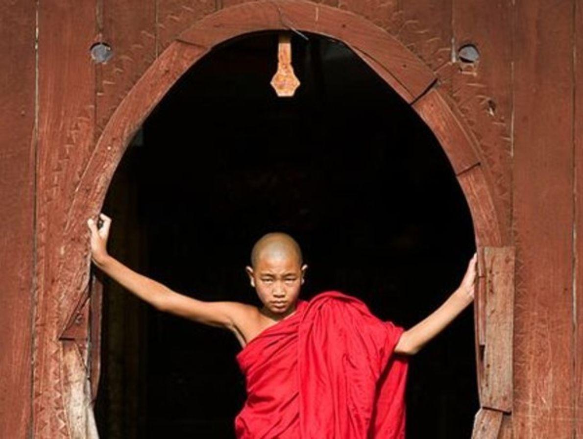 Monje budista, Myanmar